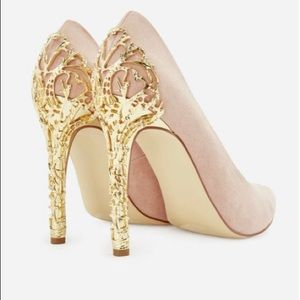 NEW pair JustFab nude pumps w/ gold heel size 7.5